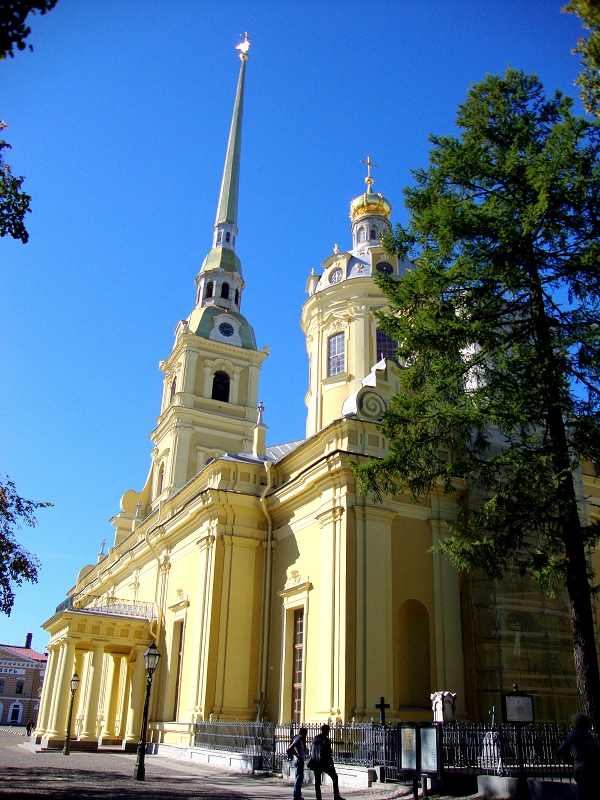 10 must see places in Saint Petersburg. Peter and Paul fortress