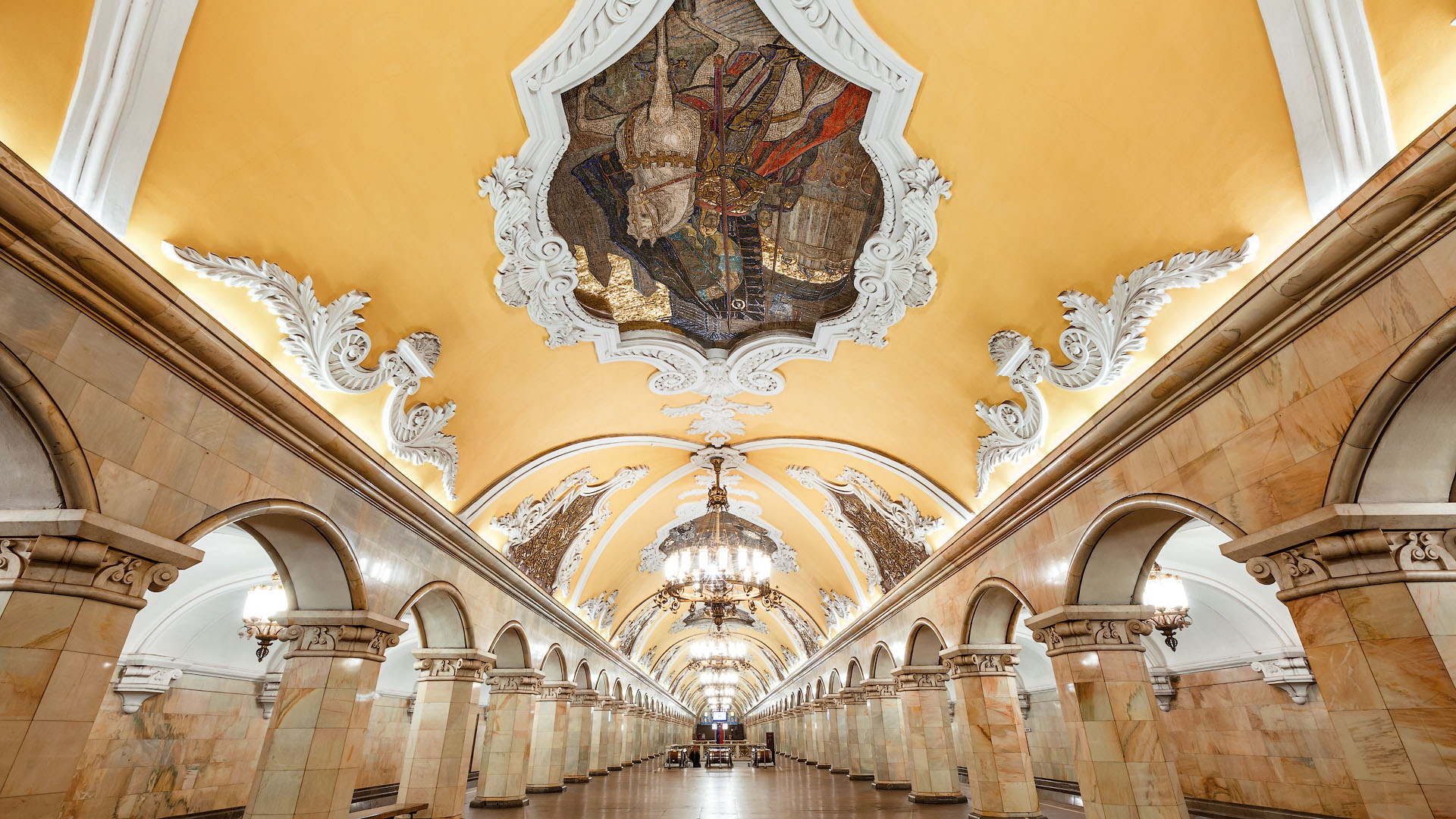 FUn Facts about Moscow Metro. Komsomolskaya station. Photo tesey.livejournal.com
