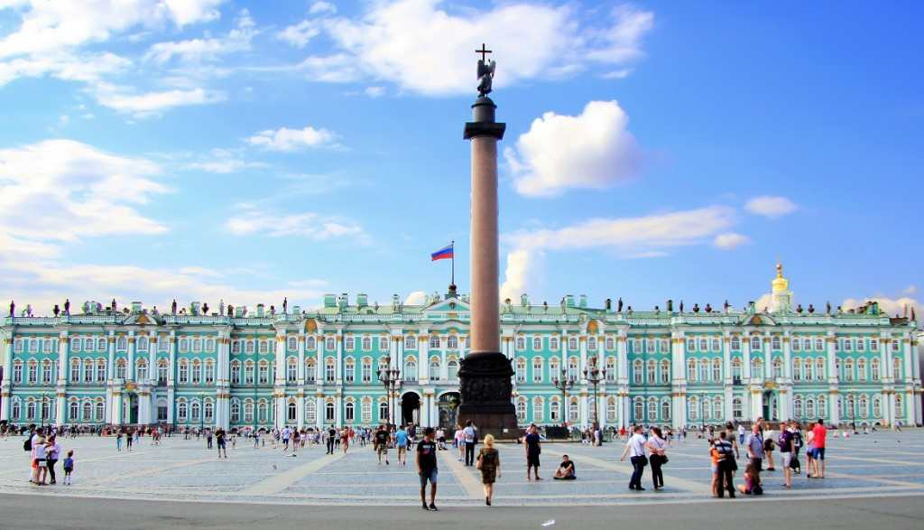Palace Square of St Petersburg - city's downtown