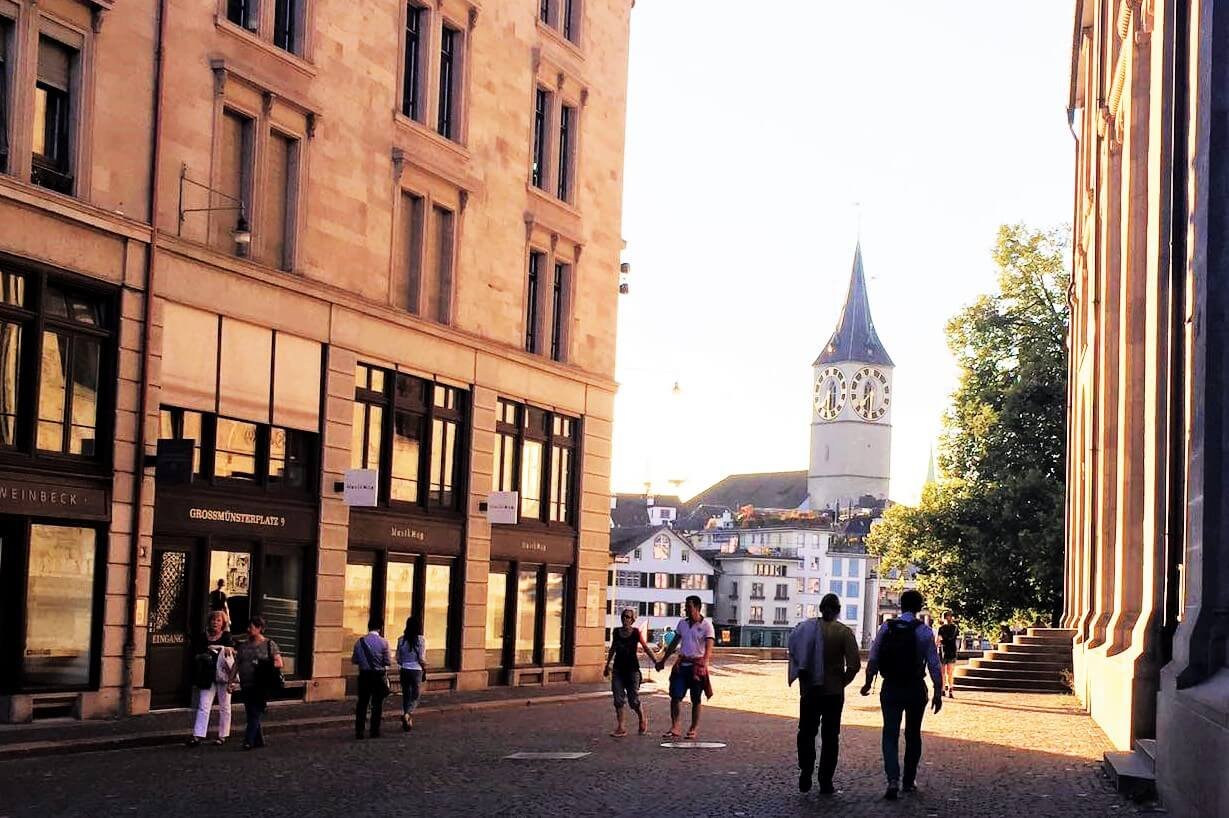 Walking tour in Zurich