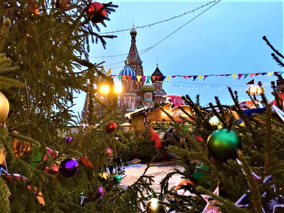 christmas day and christmas eve in moscow