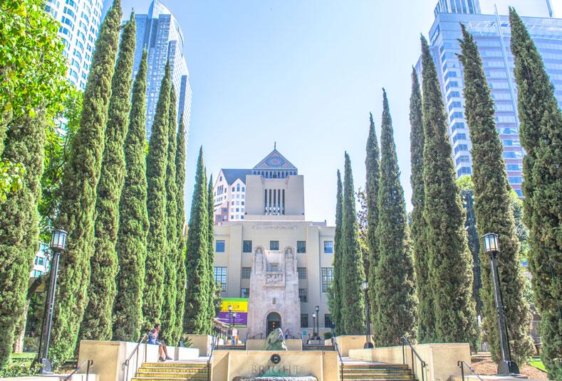Alina-Los-Angeles-Facts-about-Downtown-LA-Public-Libraryr