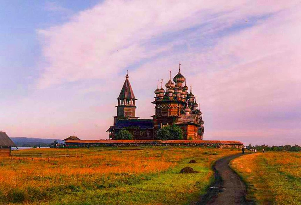 VIsit Kizhi - travel Russia